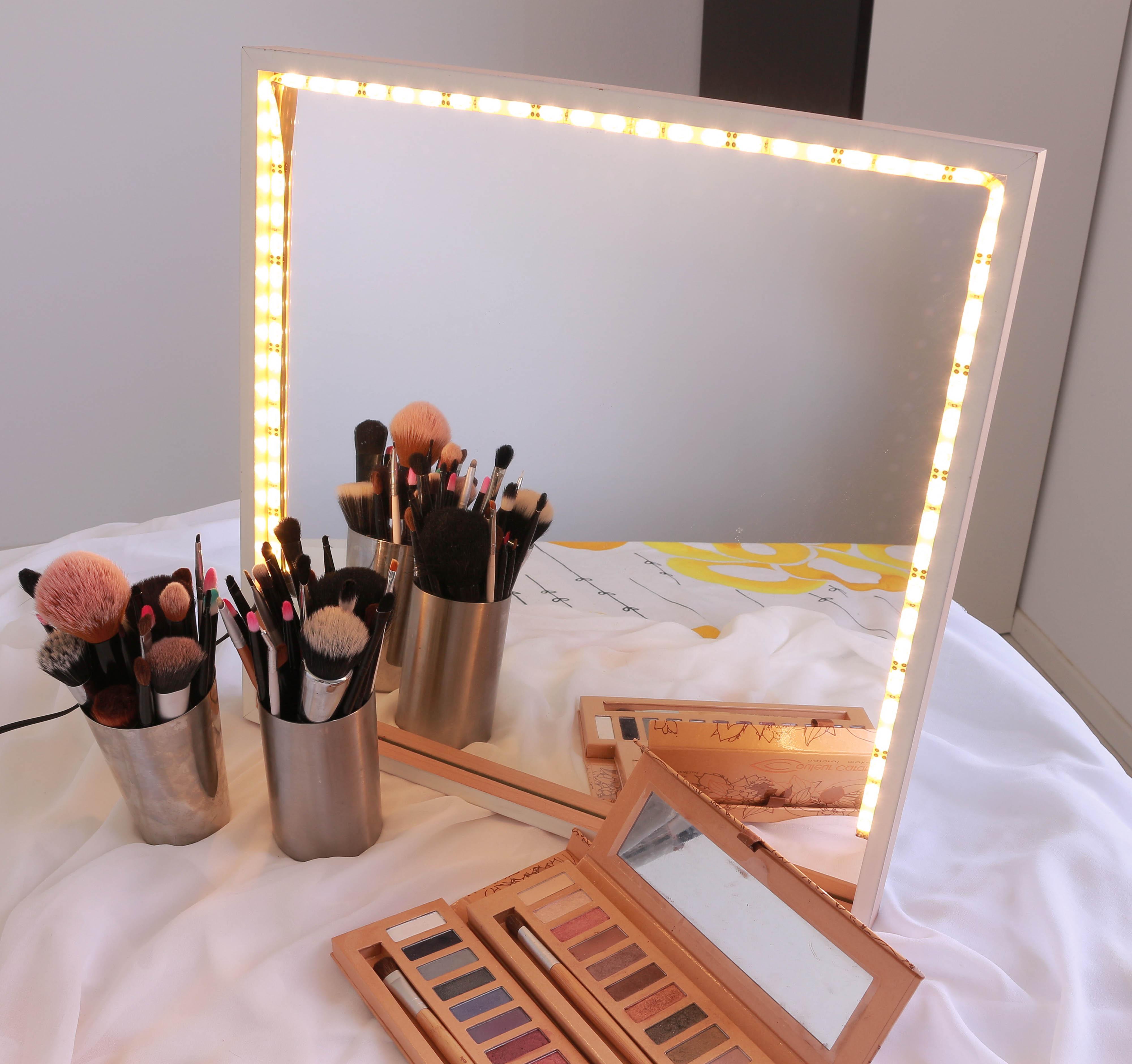 immagine specchio luminoso portatile fai da te by sfumature makeup